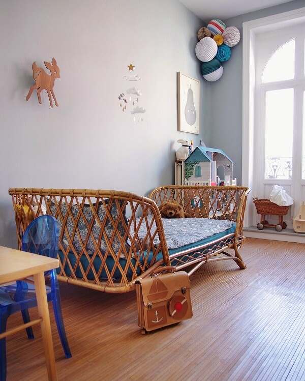 Accessories And Colors For Decorating The Kid's Room Interior