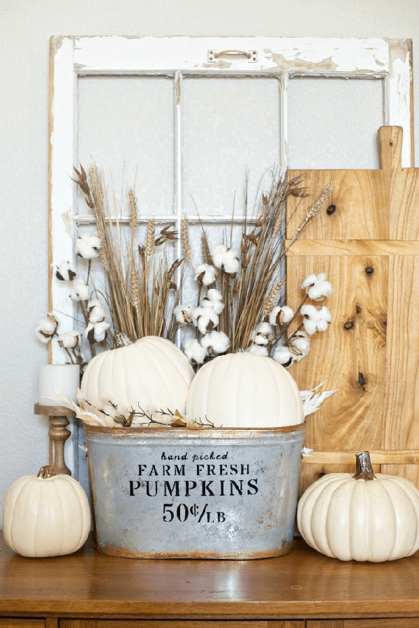 11 Farmhouse Décor Ideas To Change New Outfits For Your House In The Fall Season
