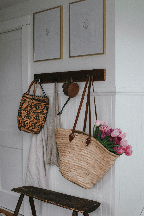 30 Farmhouse Entryway Decor Ideas To Choose