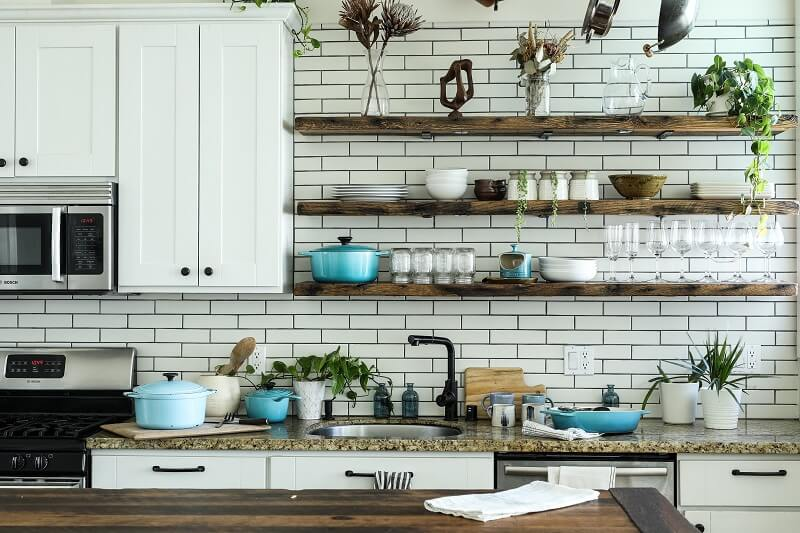 31 Farmhouse Kitchen Rack Organization Ideas