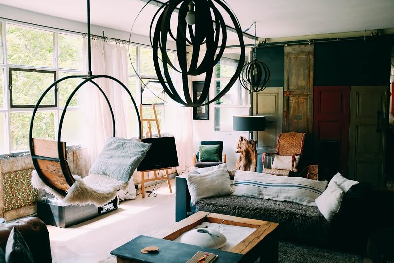 Budget Bedroom Makeover Ideas To Add Color, Life, And Warmth