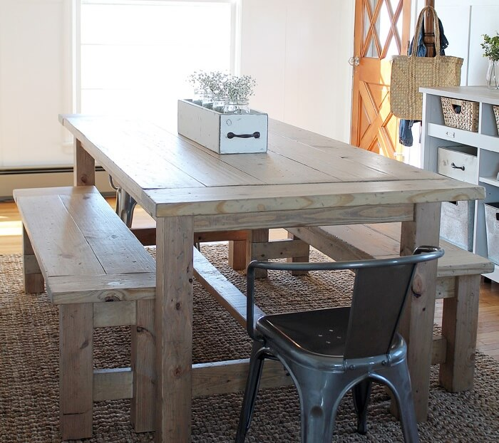Beautiful DIY farmhouse-style table with benches for under $110