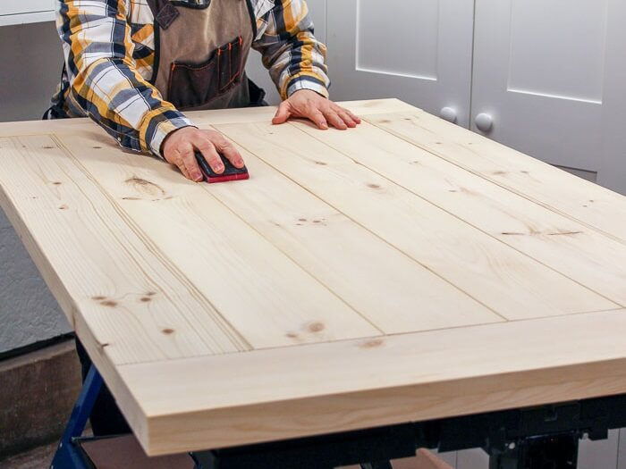 Farmhouse table top without cracks